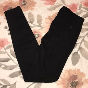 Joe's Jeans Size 26 The Icon Skinny Black Jeans